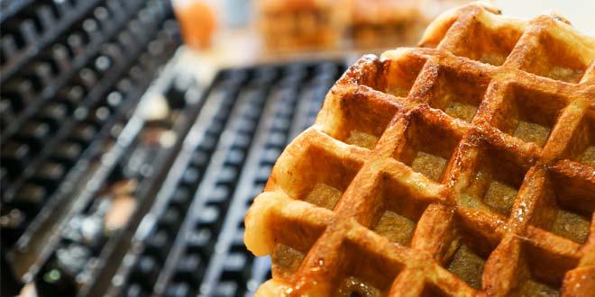 Keep_Waffle_Iron_Clean
