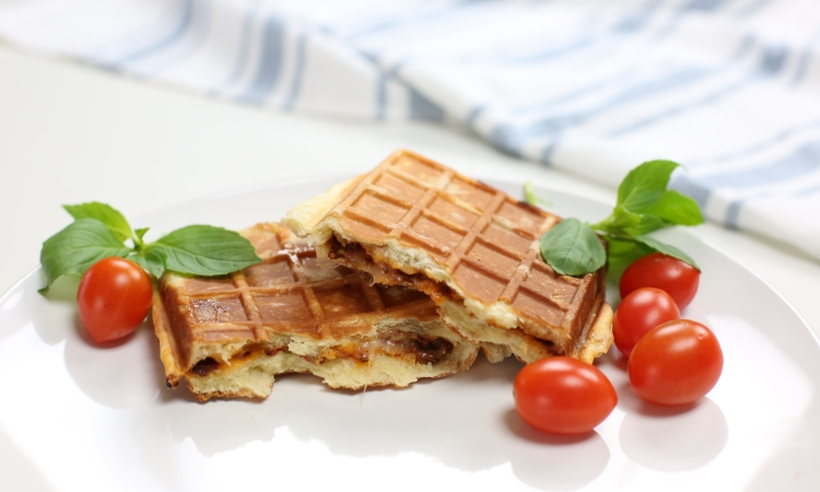 calzone liege waffle